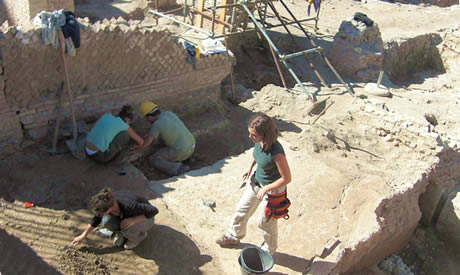 archaeological dig in Rome